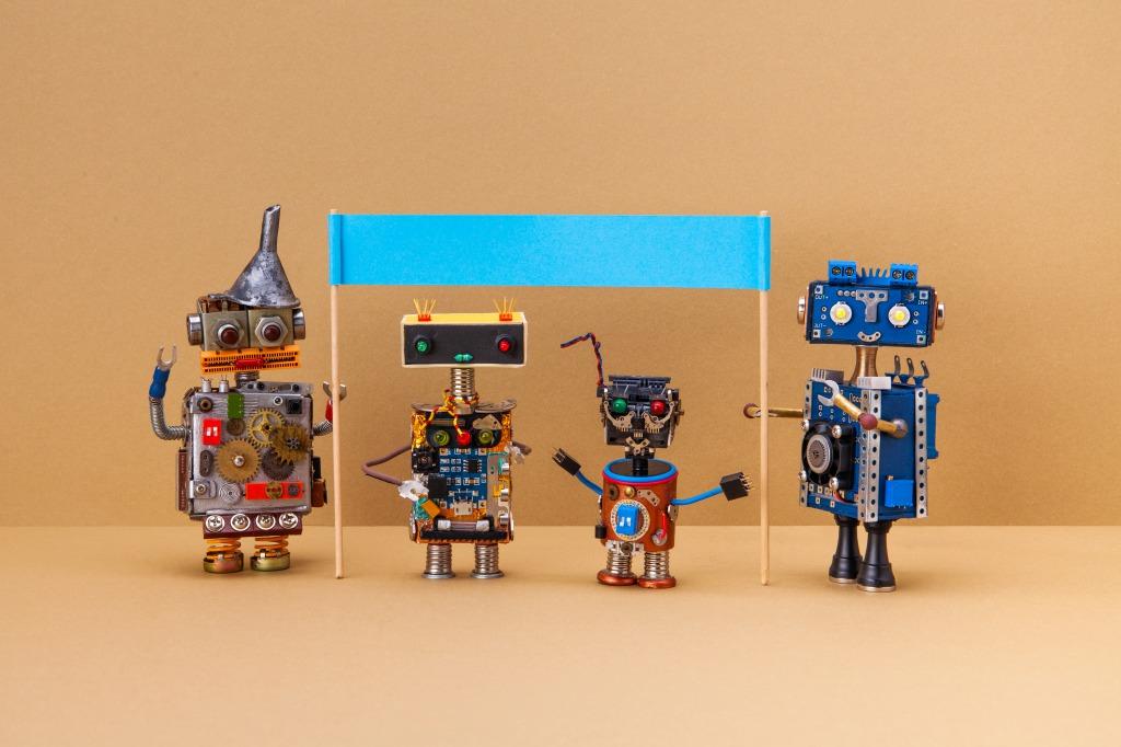 チャットボットとは?チャットボットの歴史と機能、導入について